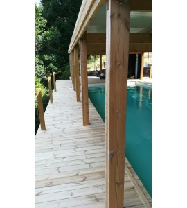ces piscines hors sol en bois sont propos es hors sol avec. Black Bedroom Furniture Sets. Home Design Ideas