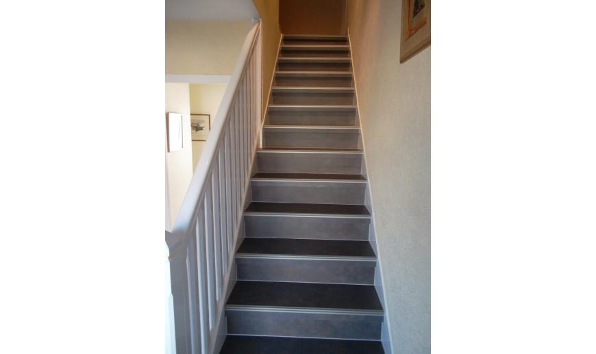 beton cire escalier l maison bleue. Black Bedroom Furniture Sets. Home Design Ideas